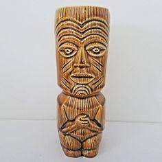 GREAT CHARACTER A PAIR OF HAWAIIAN TIKI MUGS CERAMIC NICE GIFT 1.