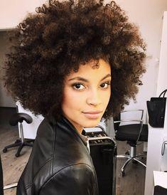 Beautiful afro on Paula Almeida #HairCareAfro