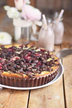 Schokostreusel Joghurt-Cheesecake mit Kirschen