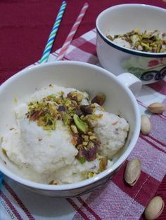Couzinista: Παγωτό γιαούρτι με μέλι Desert Recipes, Mashed Potatoes, Grains, Deserts, Rice, Ethnic Recipes, Food, Whipped Potatoes, Essen