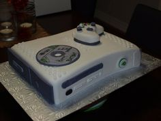 xbox birthday party | xbox birthday cake | Birthday Parties 12th Birthday, Birthday Parties, Birthday Ideas, Birthday Cakes, Video Game Cakes, Video Game Party, Xbox Party, Army Cake, Cakes For Boys