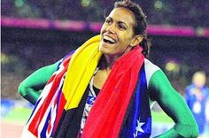 50 stunning Olympic moments: Cathy Freeman's gold – in pictures We look back at the moment Cathy Freeman united Australians in joy at the 2000 Olympics in Sydney 2000 Olympics, Olympic Flame, Australian Flags, Australian Icons, Olympic Medals, Star Wars, Commonwealth Games, Olympic Champion, Sports Stars