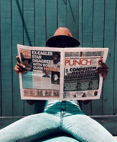 African style blogger Lade of Toyinwithfashion on self portraits at home reading a newspaper African Style, African Fashion, Reading At Home, Self Portrait Photography, Daily Outfit, Creative Portraits, Home Photo, Newspaper, Photo And Video