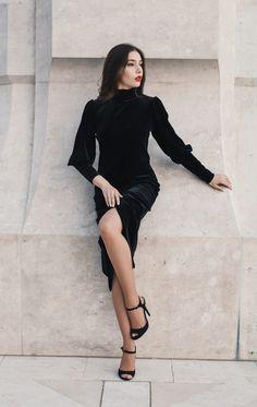 #orovicafashion #velvet #turtleneck #lbd Every Woman, Lbd, Black Velvet, Turtleneck, Outfits, Dresses, Women, Style, Fashion