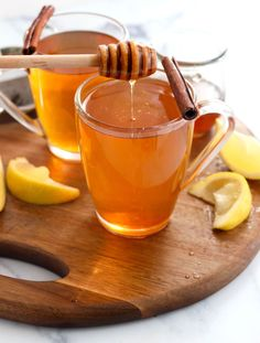 Cinnamon tea is a warm and slightly spicy drink that's loaded with antioxidants! It's perfect for cold & flu season, or anytime you want to warm up with a cozy drink. #healthyrecipe #tea #vegetarianrecipes #healthyfood #healthyliving #justeatrealfood #detox #vegetarian #paleo #glutenfree #dairyfree Healthy Holiday Recipes, Fall Recipes, Whole Food Recipes, Vegetarian Recipes, Clean Recipes, Cooking Recipes, Elderberry Tea, Cinnamon Tea, Cinnamon Sticks