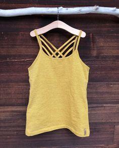 Crochet Top, Shirts, Tank Tops, Instagram, Women, Fashion, Fashion Women, Moda, Halter Tops