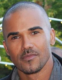 Loving Moore: SHEMAR MOORE Featured Photo 11/8
