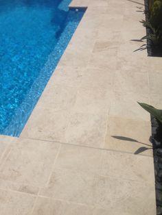 Pool paving colour