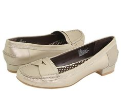 TOMMY HILFIGER SARA $57.76 #shoes #flats #loafers #