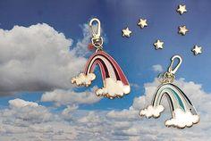 Conquistar la inspiración mirando al [ cielo ], sin mirar lo alto que queda el suelo ... El cielo / las estrellas / las nubes / el sol / el arcoiris