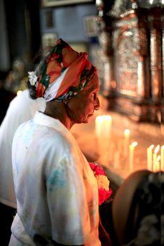 Devota de la Virgen de la Caridad del Cobre (Santiago de Cuba).