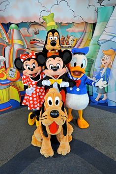 I wish I could be at Disney World today for the 24 hour extra Disney Day!