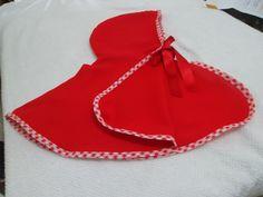 Capa para lembrancinha da chapeuzinho vermelho,feito em oxford e acabamento com vies,