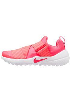 c70efc5db5a74 ¡Consigue este tipo de zapatillas de golf de Nike Golf ahora! Haz clic para