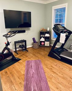 Home Gym Garage, Diy Home Gym, Gym Room At Home, Home Gym Decor, Home Gym Design, House Design, Small Home Gyms, Workout Room Home, Small Rooms