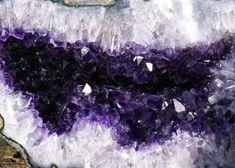 Amethyst Geode Uruguay amethyst geode 01d