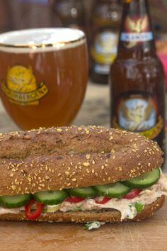 Σάντουιτς με Τονοσαλάτα Bread Art, Sweets Recipes, Fajitas, Salmon Burgers, Finger Foods, Sandwiches, Brunch, Food And Drink, Appetizers