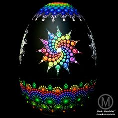 Egg shaped stone Stone Art Painting, Dot Art Painting, Mandala Painting, Pebble Painting, Mandala Art, Mandala Painted Rocks, Mandala Rocks, Mosaic Flower Pots, Shape Crafts