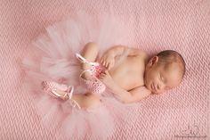 tampa newborn photographer tiffany walensky photography pink ballerina tutu sleeping baby girl pose