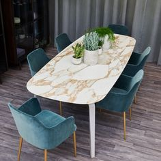 pebble-marble-dining-table-wooden-legs - The world's most private search engine Contemporary Dining Table Design, Velvet Dining Chairs, Wood Dining Chairs, Table Design, Luxury Dining Room, Dinning Room Decor, Dining Table Marble, Fall Dining Room, Dining Table Design
