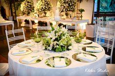 Decoração verde e branco, peça de mesa.