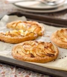 Les tartes fines aux pommes - Les Cocottes Moelleuses