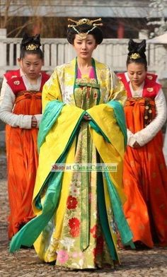Ancient Chinese Tang Dynasty Princess Clothing and Headpiece Complete SetPeoria
