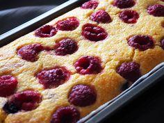 Prăjitură cu mălai și fructe de pădure (fără zahăr)- din rețetarul bunicii