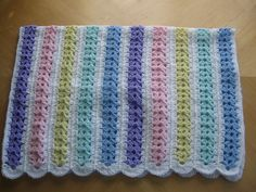 Cobijita a Crochet en tonos pastel