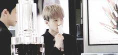 WHY STAN OH SEHUN (9/12) How Sehun judging the perfume scent (gif)