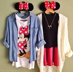 Disney land is coming up and who wouldn't want to look super cute with one of their best friends? Well these outfits are cute and comfortable for a day at the park . Thinking mommy & mini me outfits Disney World Outfits, Disneyland Outfits, Disney Inspired Outfits, Disneyland Paris, Disney Style, Disney Fashion, Disneyland Vacations, Moda Disney, Disney Mode