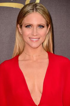 Brittany Snow Photos Photos - Actress Brittany Snow attends the 2016 MTV Movie Awards at Warner Bros. Studios on April 9, 2016 in Burbank, California.  MTV Movie Awards airs April 10, 2016 at 8pm ET/PT. - 2016 MTV Movie Awards - Arrivals