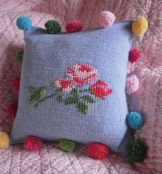 Big pompoms for a cushion - very cute