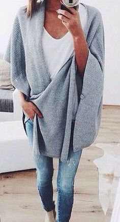 #fall #fashion / gray. Love this over-sized sweater for fall & winter