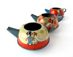 Vintage Tin Toy Teapots