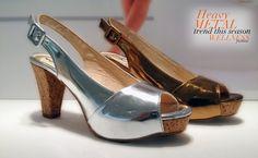 Sandalias con tacón en tono metalizado