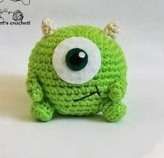 "By Janet Carrillo ""damn it Janet, let's crochet! Crochet Disney, Kawaii Crochet, Cute Crochet, Crochet Baby, Knit Crochet, Crochet Animal Patterns, Stuffed Animal Patterns, Crochet Patterns Amigurumi, Crochet Animals"