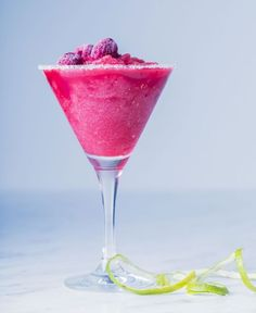 Frozen Rosé: Diese 3 Frosé-Rezepte sind perfekt für den Sommer