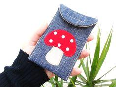 """Handytasche    """"Jeans mit Pilz""""      Angebot für nur 6.00 Euro!      robust & pflegeleicht    mit Klettverschluß zu schließen ♥    100%Baumwolle"""