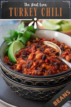 The Best Turkey Chili Ever! This is seriously the best turkey chili recipe you will ever make! Hearty but lean, a bowl of this healthy chili recipe will warm you up without piling on the calories. Make a big batch and freeze some so you can have chili whenever you need a soul-soothing meal! This easy chili recipe is perfect for the whole family! | www.oliviascuisine.com | #chili #turkeychili #freezermeal #dinnerrecipe Entree Recipes, Chili Recipes, Dinner Recipes, Cooking Recipes, Giada Recipes, Turkey Recipes, Healthy Soup, Healthy Eating, Healthy Recipes