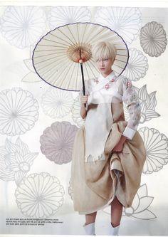 한복 Hanbok : Korean traditional clothes[dress] 端午, Vogue Korea May 2013 Korean Traditional Dress, Traditional Fashion, Traditional Dresses, Korean Dress, Korean Outfits, Korea Fashion, Japan Fashion, Md Fashion, Style Fashion