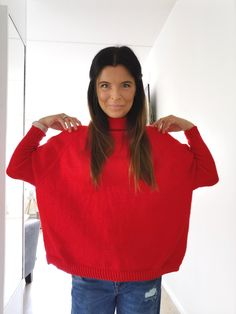 #topdownsweater #ylhäältäalasneule Knit Crochet, Pullover, Knitting, Red, Tops, Women, Fashion, Moda, Tricot