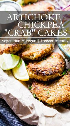 Flavor packed and texture rich these Vegan Crab Cakes are easy to make! Let the food processor do the chopping then shape and pan fry these crabless cakes! Theyre make ahead ready and freezer friendly too! Tofu Sandwich, Crab Cakes, Sin Gluten, Vegan Crab, Soup Appetizers, Healty Dinner, Vegetarian Recipes, Healthy Recipes, Vegan Dinners