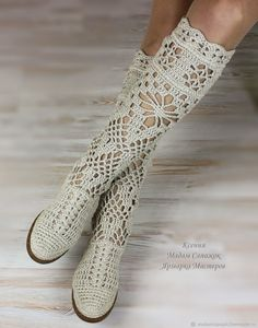Boots women's 'Pelagia'. Online shopping on My Livemaster. Beige, crochet boots Source by Crochet Shoes Pattern, Crochet Boots, Shoe Pattern, Crochet Slippers, Crochet Clothes, Knit Crochet, Crochet Patterns, Narrow Shoes, Summer Boots