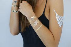De superbes bijoux de peaux, des bijoux adhésifs or argent noir .... http://www.avecpassion.fr/51-bijoux-de-peau-bijou-createur-karnyx