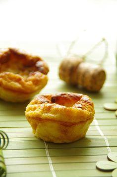 Moelleux au cidre, coeur roquefort dans empreinte muffins