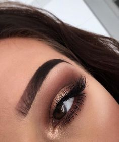 Bronze and brown eye makeup