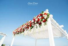 Wonderful decoration for an Indian wedding in Santorini, Greece