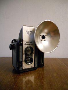 1950s vintage camera.