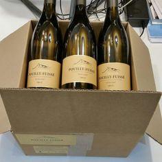 """2012 Pouilly-Fuissé '' nl Buland""""Drouin Vergisson - 6 flessen  Inhoudsmaat:Standaard (075 L)Vul niveau: nekLabel: uitstekende (terug label in de Nederlandse taal perfecte beschrijving)Capsule voorwaarde: uitstekendfles formaat: 75 cl.Familie domein bottelenWe zullen opnieuw inpakken van originele kartonnen doos in VINOLOGIX professionele vak verzekering inbegrepen!Ik ken van de wijnboer familie - zeer enthousiast over druiven plukken op de zeer juiste moment net op tijd van rijpheid. Tijdens…"""
